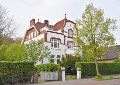 HAMBURG – Wunderschöne Dachgeschosswohnung